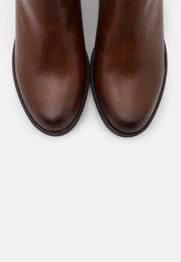 TOM TAILOR DENIM - Ankle boots - cognac - 5