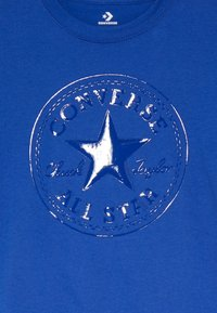 Converse - CHUCK PATCH SHINY TEE - Print T-shirt - blue - 3