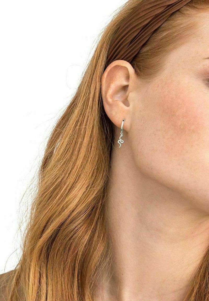 NOELANI - SNAKE - Earrings - silber