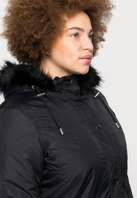 CAPSULE by Simply Be - VALUE - Parka - black - 4