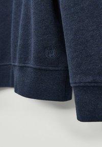 Massimo Dutti - MIT KONTRASTDETAIL - Sweatshirt - blue - 3