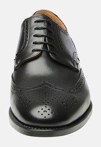 SHOEPASSION - NO. 550 - Smart lace-ups - black - 5