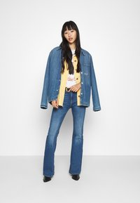 ONLY - ONLPAOLA LIFE RETRO  - Flared jeans - dark blue denim - 1