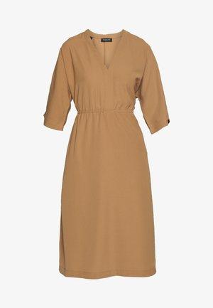SLFJILL MIDI DRESS - Day dress - tobacco brown