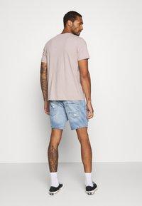 Brave Soul - DUKE - Denim shorts - light blue - 2
