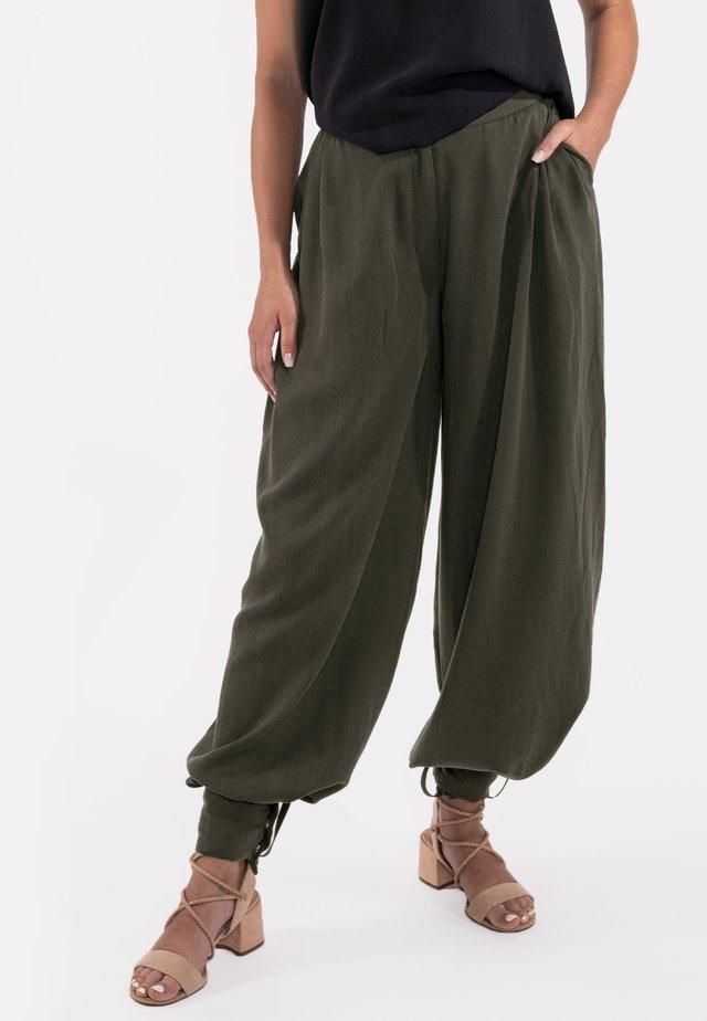 MARLENE - Trousers - grün