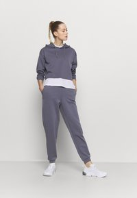 ONLY Play - ONPLOUNGE  - Pantalones deportivos - graystone - 1