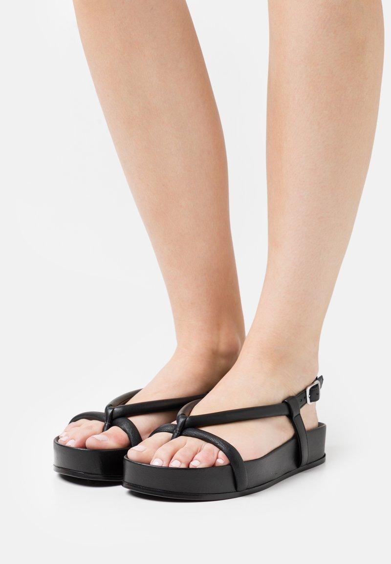 Oa non fashion - T-bar sandals - nero