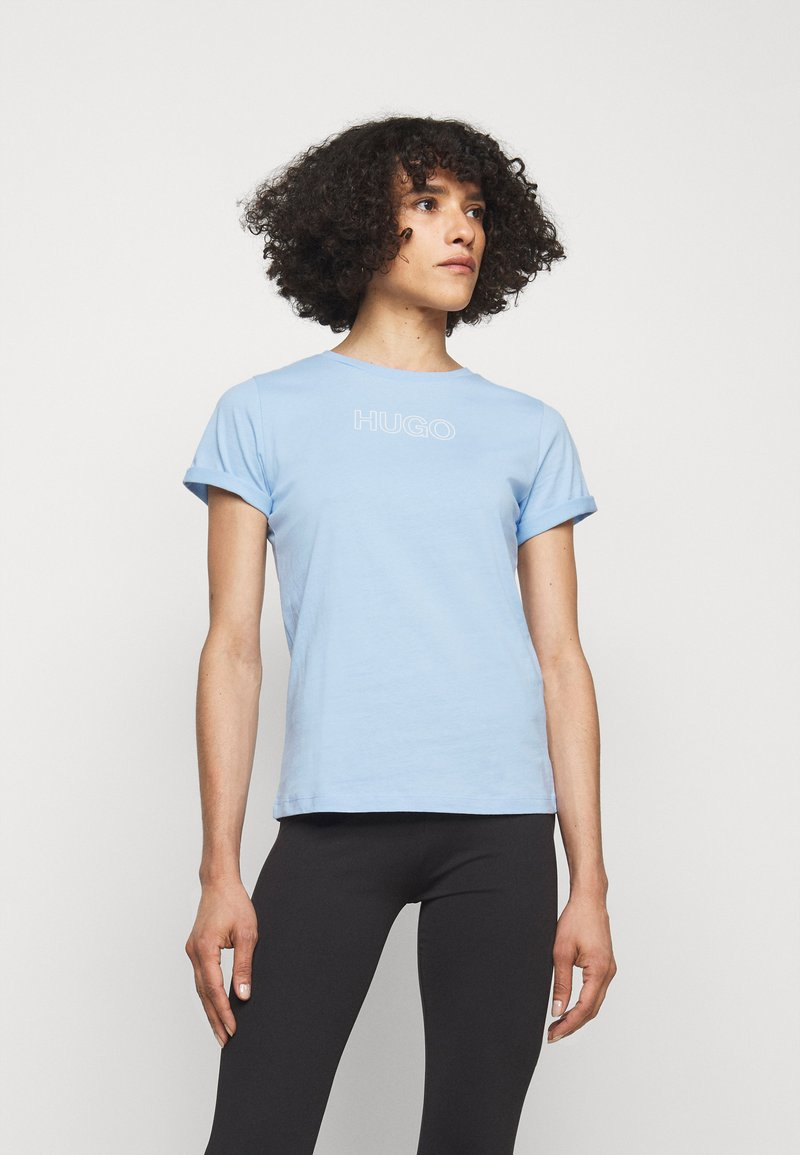 HUGO - THE SLIM TEE - Triko s potiskem - light pastel blue