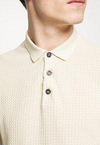 Sand Copenhagen - RETRO - Polo shirt - camel - 5