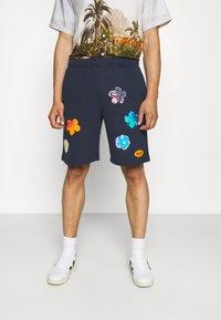 HUF - ADORED - Shorts - navy - 0