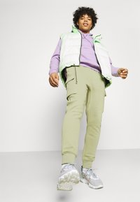 Nike Sportswear - PANT  - Pantaloni sportivi - medium khaki - 3