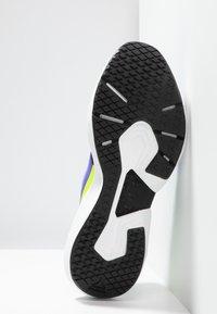 Reebok - SOLE FURY TS - Zapatillas de entrenamiento - purple/black/neon lime - 4