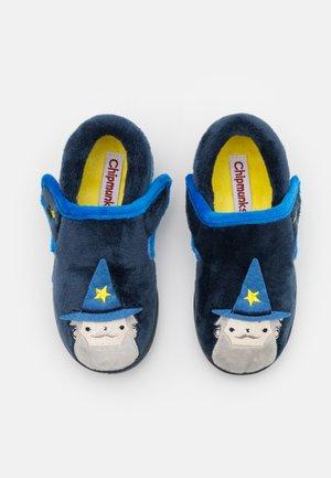 ABRACADABRA - Pantoffels - blue