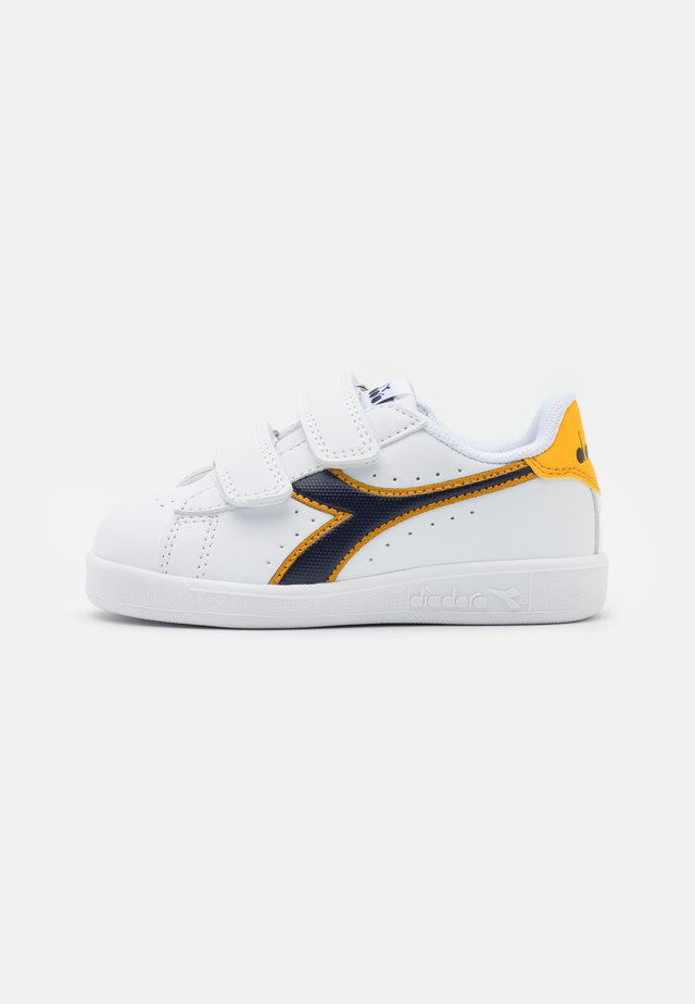 GAME UNISEX - Scarpe da fitness - white/black iris/gold fusion