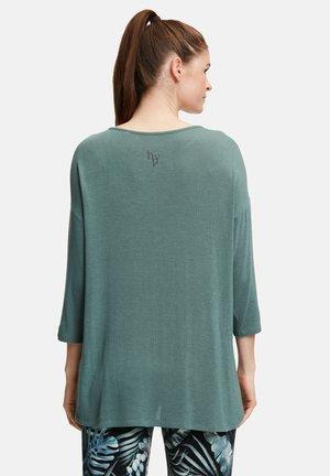 Sweatshirt - silver pine