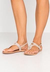 New Look - FLASHLIGHT - Flip Flops - oatmeal - 0