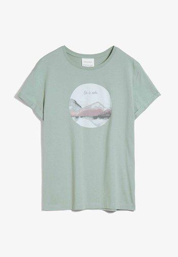 NAALIN ODE TO EARTH - Print T-shirt - sage green