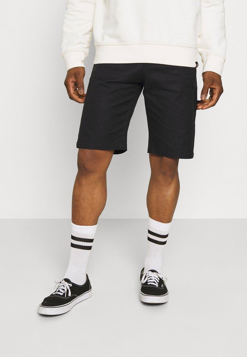 Dickies - FAIRDALE - Shorts - black