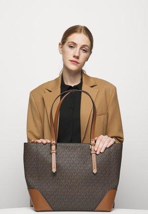 ARIALG TOTE - Handbag - acorn