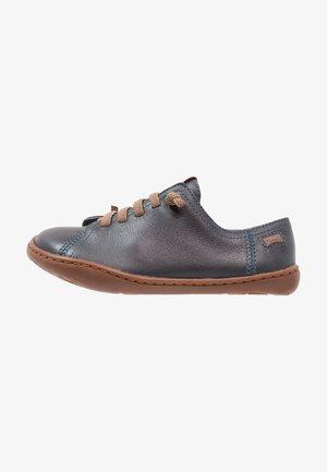 PEU CAMI - Volnočasové šněrovací boty - dark blue