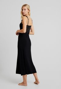Hunkemöller - LONG - Nightie - black - 2