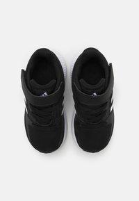 adidas Performance - RUNFALCON 2.0 UNISEX - Hardloopschoenen neutraal - core black/footwear white/silver metallic - 3