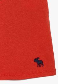 Abercrombie & Fitch - BUTTON THRU - T-shirt print - red - 4