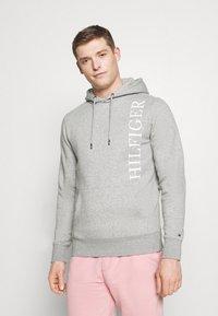 Tommy Hilfiger - HOODY - Sweatshirt - grey - 0