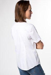 Eterna - MODERN CLASSIC - Button-down blouse - weiß - 1