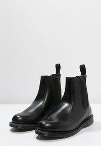 Dr. Martens - FLORA - Stövletter - black polished smooth - 3