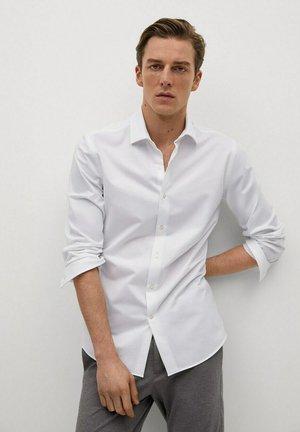 LARRY - Camicia elegante - weiß