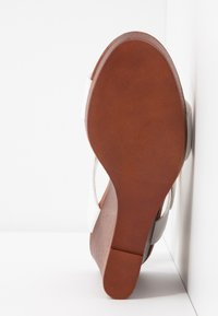 New Look - PERKIN - Højhælede sandaletter / Højhælede sandaler - white - 6