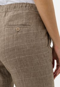 BRAX - Broek - brown sugar - 4