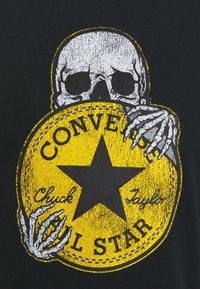 Converse - CHUCK PATCH SKULL TEE - Print T-shirt - black - 2