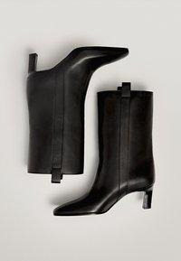 Massimo Dutti - Korte laarzen - black - 1
