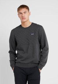 Patagonia - QUILT CREWNECK  - Sweatshirt - forge grey - 0