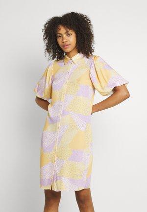 JINNA - Shirt dress - impala