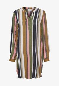 green / pink stripe print