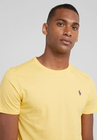 Polo Ralph Lauren - T-shirt basique - chrome yellow - 3