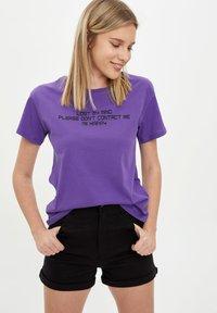 DeFacto - Print T-shirt - purple - 3