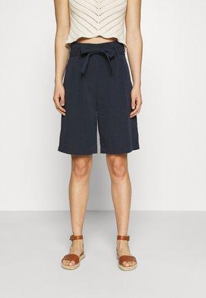 VMHAILY - Shorts - navy blazer