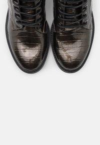 s.Oliver - Šněrovací kotníkové boty - dark grey - 5