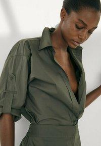 Massimo Dutti - Button-down blouse - khaki - 1