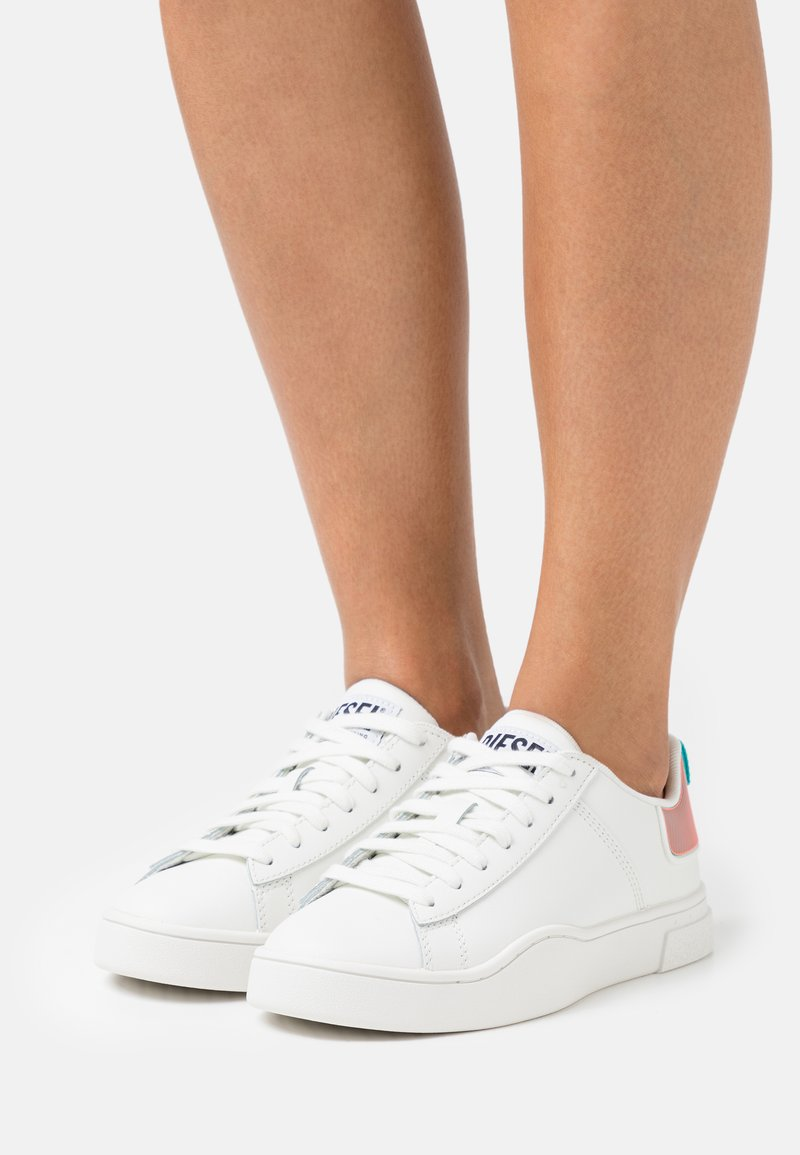 Diesel - S-CLEVER LOW LACE W - Trainers - white