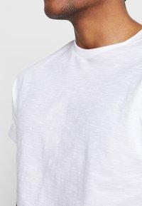 Topman - SKIN SLUB  - T-shirts - white - 4