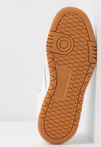 Reebok Classic - CLUB C DOUBLE - Sneakersy niskie - white - 8