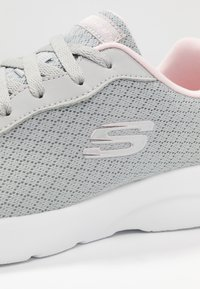 Skechers Sport - DYNAMIGHT 2.0 - Trainers - light gray/pink trim - 2