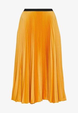 CLOSET PLEATED SKIRT - Áčková sukně - mustard