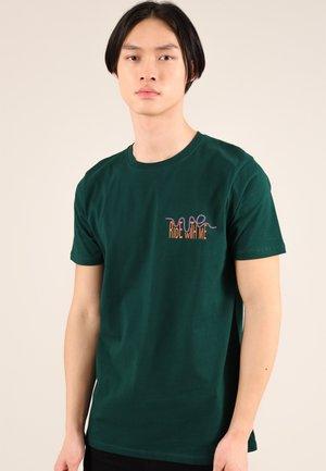ROLLER COASTER - Print T-shirt - green